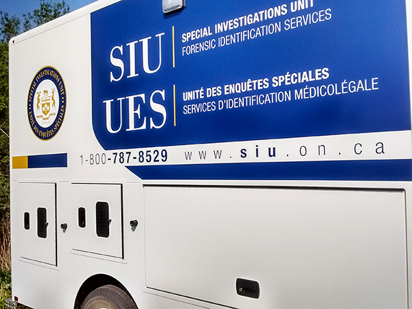 SIU vehicle wrap